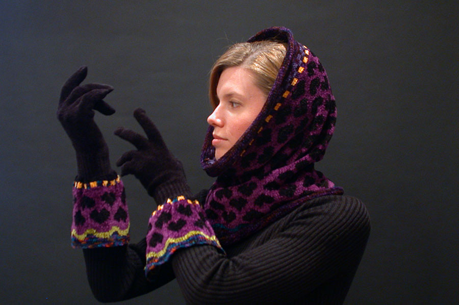 Robin Bergman: Chenille Hearts Hood/Cowl & Gloves | Rendezvous Gallery