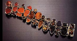 Amy Kahn Russell one-of-a-kind 18 kt gold and gemstone bracelet