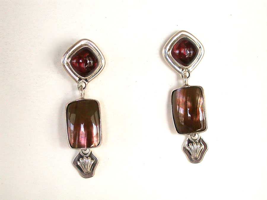 Amy Kahn Russell Online Trunk Show: Garnet & Mabe Shell Pearl Post Earrings | Rendezvous Gallery