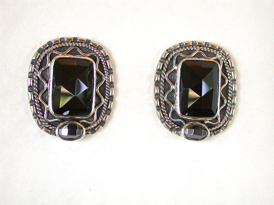 Amy Kahn Russell Online Trunk Show: Black Onyx & Hematite Clip Earrings | Rendezvous Gallery