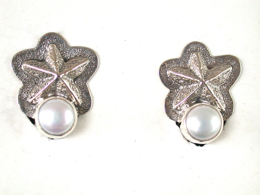Amy Kahn Russell Online Trunk Show: Quartz, Sterling Silver & Freshwater Pearl Clip Earrings | Rendezvous Gallery