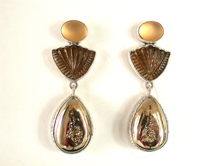 Amy Kahn Russell Online Trunk Show: Carved & Smooth Whiskey Quartz Clip Earrings | Rendezvous Gallery