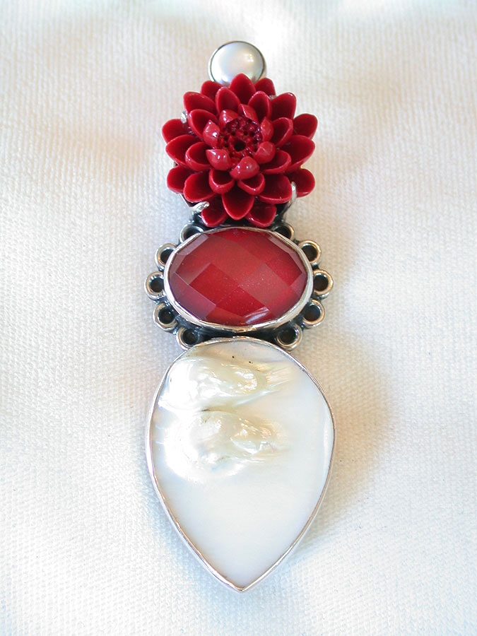 Amy Kahn Russell Online Trunk Show: Freshwater Pearl, Lucite, Quartz & Blister Pearl Pin/Pendant | Rendezvous Gallery
